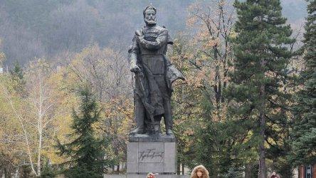 България почита паметта на Христо Ботев и на загиналите за свободата