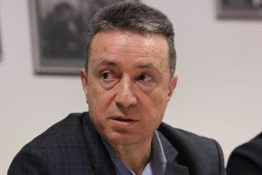 Тестват за Covid-19 висшите в БСП, заради заразения Янаки Стоилов