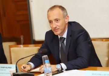 Антикорупционната комисия ще проверява образователния министър