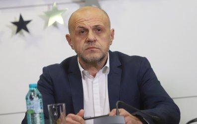 Томислав Дончев смъмри Танева: Не трябва да говори така, но не бива и да подава оставка