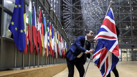 Мишел Барние предупреди Борис Джонсън за риск от Брекзит без сделка