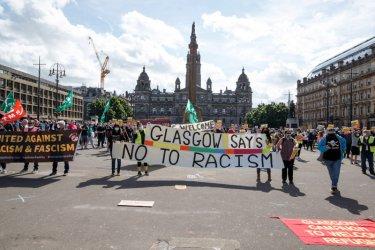 Във Великобритания протестират срещу расизма въпреки мерките срещу Covid-19