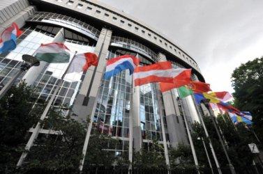 ЕП иска съд за Китай заради Хонконг