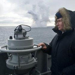 """Русия """"приятно ще изненада"""" световните военни сили със свръхзвукови оръжия"""
