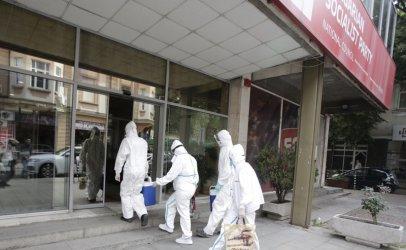 Янаки Стоилов имал температура и бил отпаднал, Нинова щяла да се тества последна