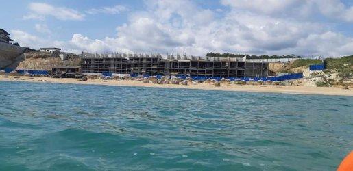 Подпорната стена на плажа Алепу е с разрешение за ползване още от февруари