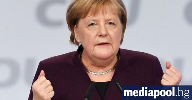 Всички граждани на Германия трябва да се възползват от коронавирусното