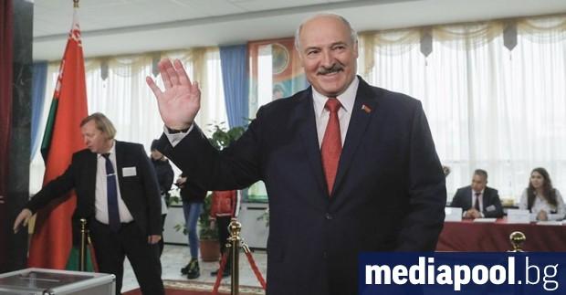 С наближаването на президентските избори през август в Беларус са