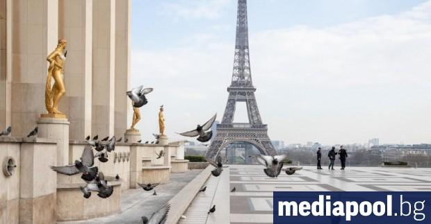 Не е за вярване, че в Париж няма туристи. Вечерта