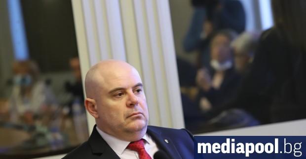 Главният прокурор Иван Гешев се възмути като гражданин, че сме