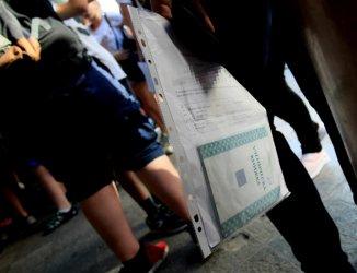 """""""Тревожно ниски"""" остават резултатите от изпитите за гимназия"""
