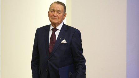 Почина канадският милиардер от български произход Игнат Канев