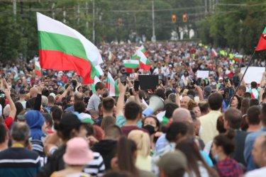 """Чуждите издания: Превръща ли се Борисов в новата """"черна овца"""" на ЕНП?"""