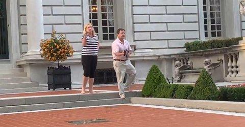 Американска възрастна двойка посрещна протестиращи с огнестрелни оръжия