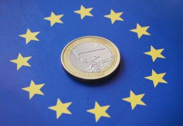 Българският лев влезе в чакалнята за еврото