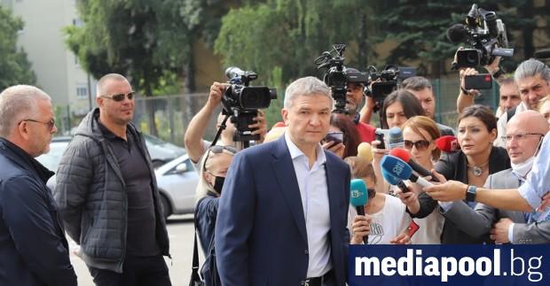 Прокуратурата се опита да вкара в ареста бизнесмена Пламен Бобоков,