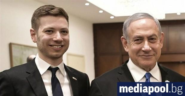 Докато преследваният от скандали премиер Бенямин Нетаняху е съден за