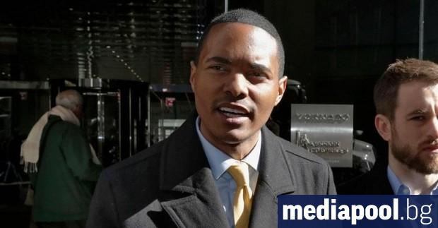 Двама чернокожи кандидати, открити хомосексуалисти, са на път да спечелят
