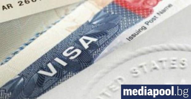 САЩ няма да издават повече визи на чужди студенти, записани