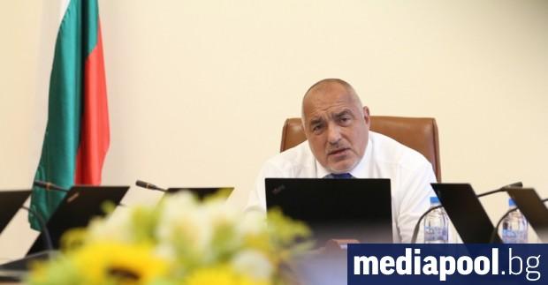 Общо 58% от българите казват, че е нужна оставка на