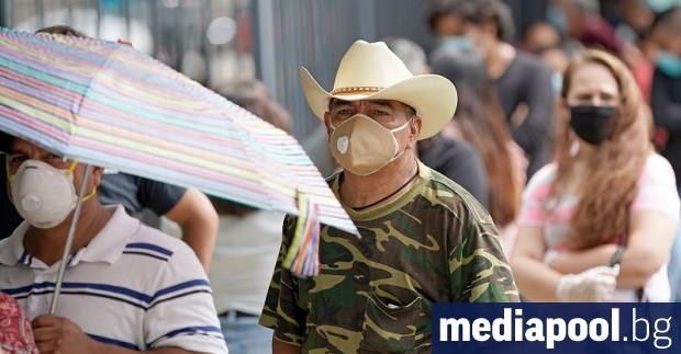 САЩ прехвърлиха прага от 130 000 смъртни случая след зараза