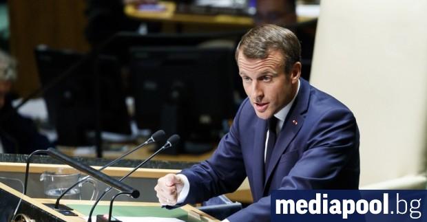Да смениш министър-председателя никога не е незначителна операция, пише в
