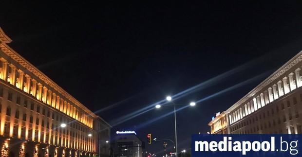 Сградата на Министерския съвет е под солиден – двоен, а
