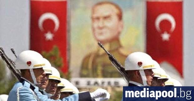 Турски войник е загинал в презгранична стрелба на границата с