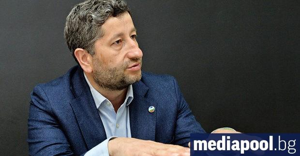 Г-н Иванов, в неделя апелирахте за оставката на депутатите, защото