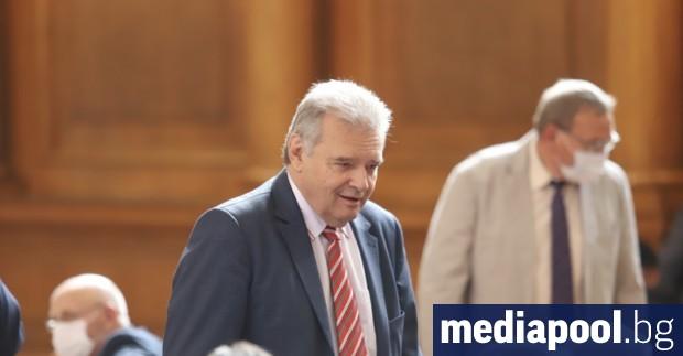 Александър Паунов напуска парламентарната група на БСП, но остава народен