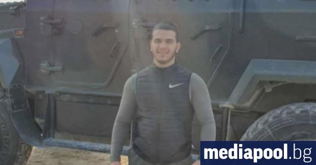 Юношеският шампион по борба Мохамед Абдулкадер е вербуван от баща