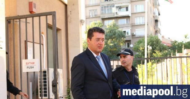 Президентският секретар по правните въпроси и антикорупцията Пламен Узунов вече