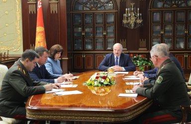 Покачване на напрежение между Русия и Беларус преди президентския вот