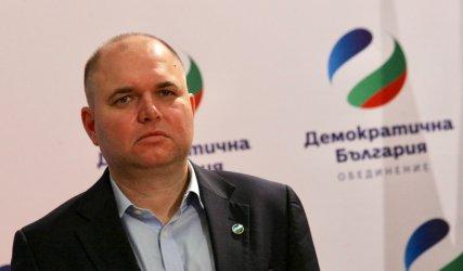 Владислав Панев: Пеевски няма министри. Има премиер (видео)
