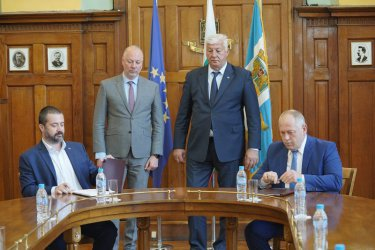 """""""Геострой - Лантания"""" ще модернизира железопътен възел Пловдив"""