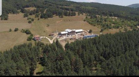 Как Румен Гайтански - Вълка строи комплекс върху държавна гора с пари от ББР