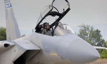 """Бивши военни искат извинение от премиера за """"прости летци"""""""