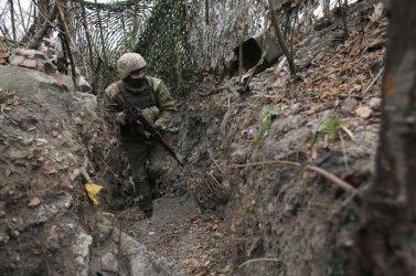 От полунощ е в сила ново прекратяване на огъня в Източна Украйна