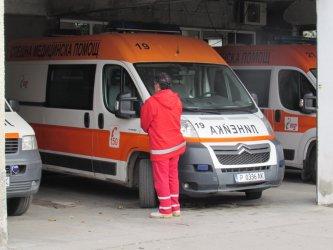 Шофьор на линейка е поредната жертва на коронавируса у нас