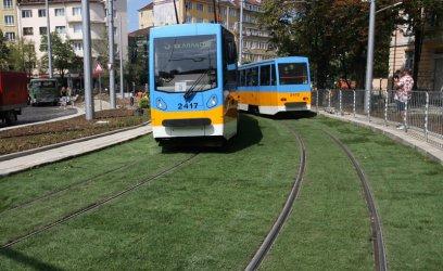 """Ремонтът на """"зеления"""" трамвай №5 поскъпна до 40.5 млн. лв."""