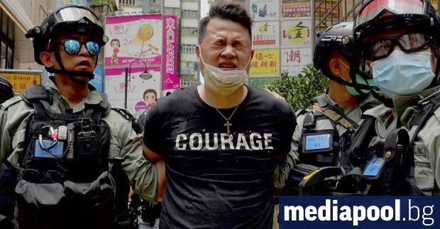 Хонконгският медиен магнат Джими Лай бе арестуван за предполагаем сговор