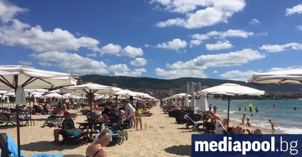 Огромният български курорт Слънчев бряг, който остана без чартърни полети