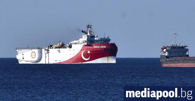 Проучвания на Турция за петрол и газ в спорна зона