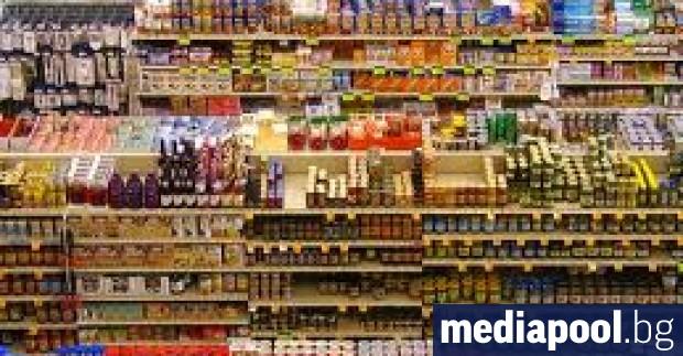 Оборотът в търговията на дребно е паднал с 18.1% през