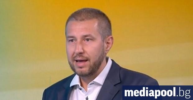 Шефът на пресцентъра на ГЕРБ Никола Николов влезе в противоречие