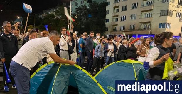Хиляди протестиращи срещу правителството на ГЕРБ се събраха в петък