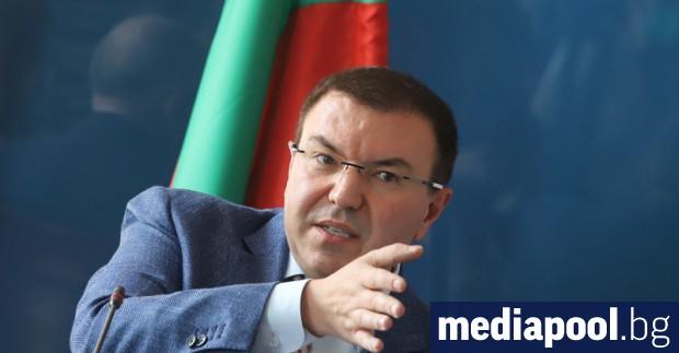 Здравният министър Костадин Ангелов обяви във вторник, че ситуацията в