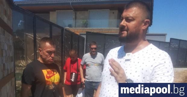 Бившият евродепутат Николай Бареков предприе протест срещу съиздателя на