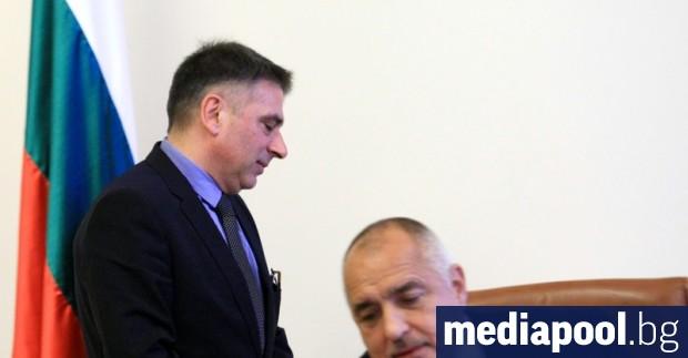 Правосъдният министър Данаил Кирилов успя да спазва по-малко от месец