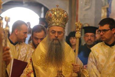 Митрополит Николай: За първи път от спасяването на евреите властта чува гласа на църквата